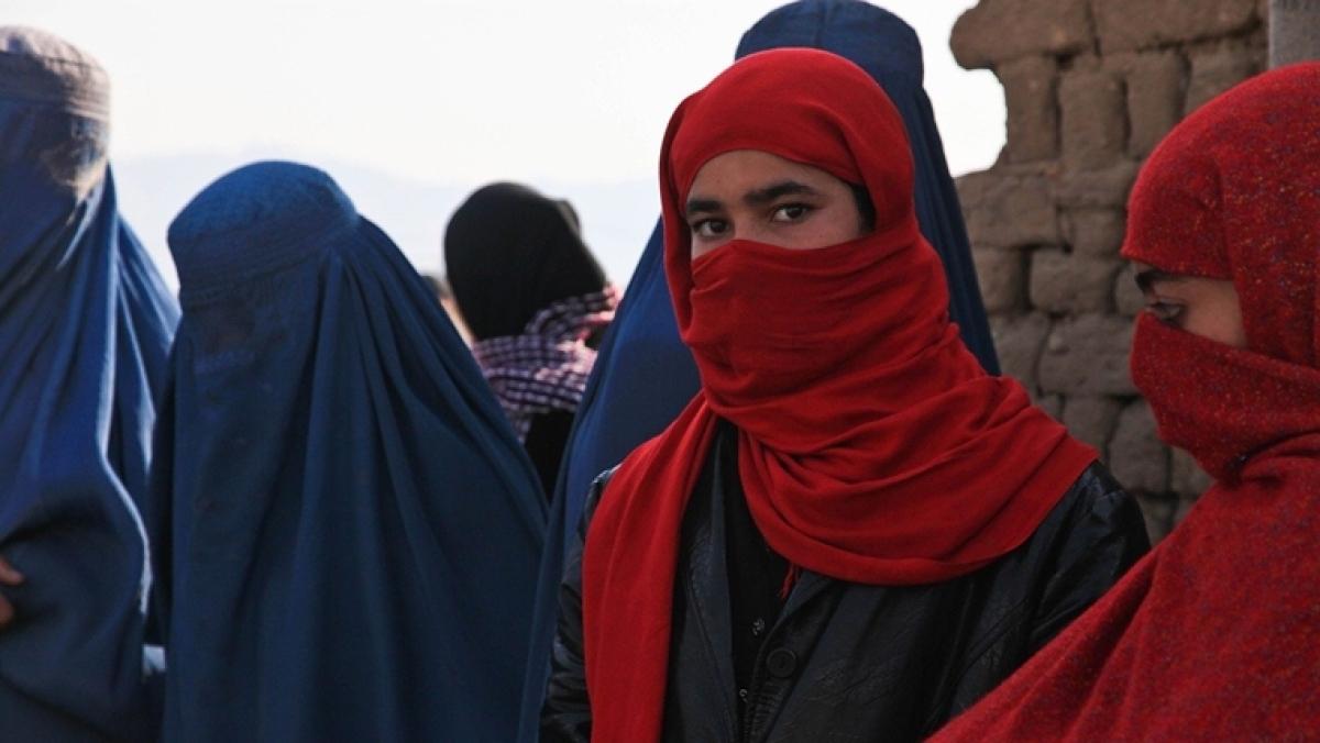 Afghan girl kills Taliban terrorists with AK-47 gun to avenge parents' murder