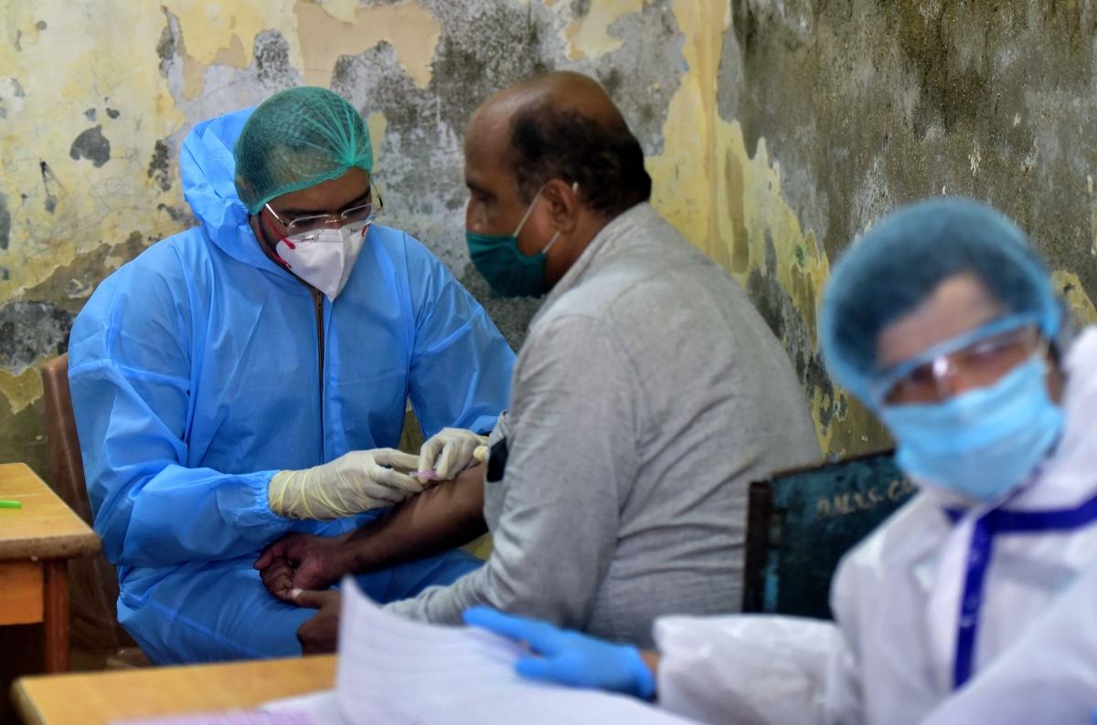 Coronavirus in Maharashtra: State records 11,813 new COVID-19 cases, tally rises to 5,60,126