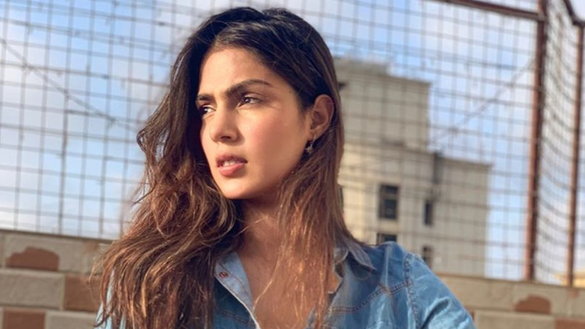 Rhea shares WhatsApp messages from Sushant calling his sister 'pure evil' and 'manipulative'