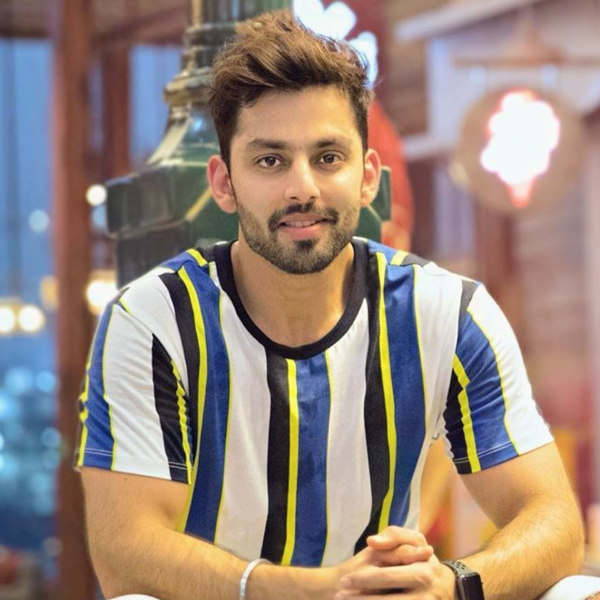After buying 2 plane tickets to 'minimise contact', Himansh Kohli says his family tested positive for COVID-19