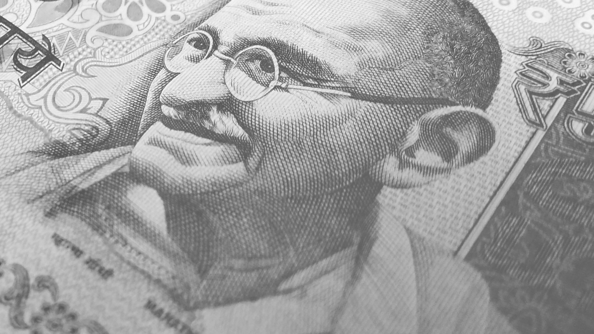 Rupee falls for 5th straight session against dollar, settles 22 paise down at 73.29