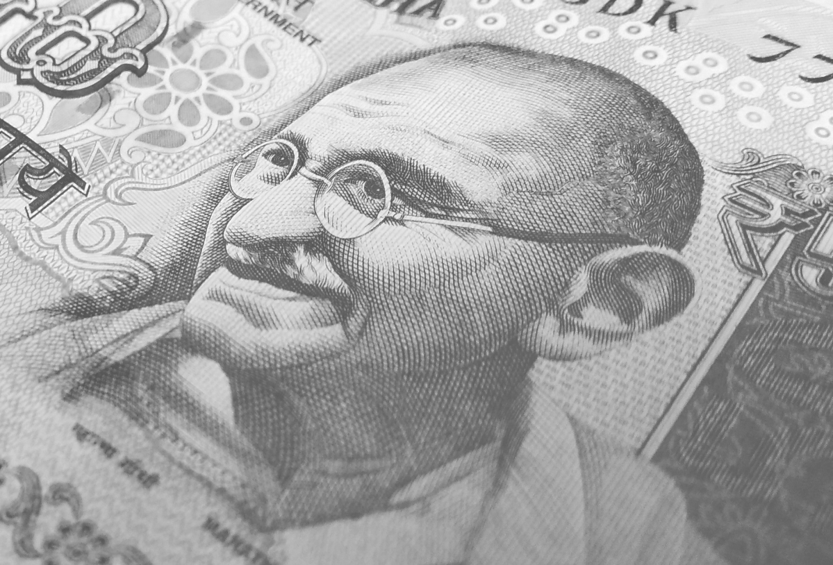 Rupee up 6 paise to 73.36 against US dollar in early trade