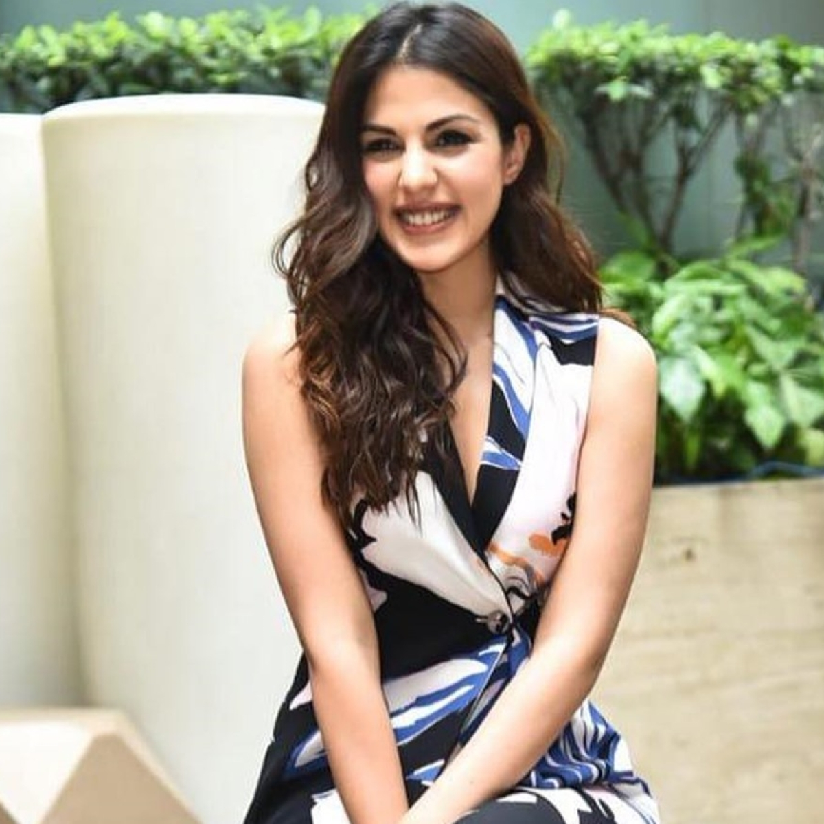 'If CBI wants to come in, it could come later': Rhea Chakraborty to SC