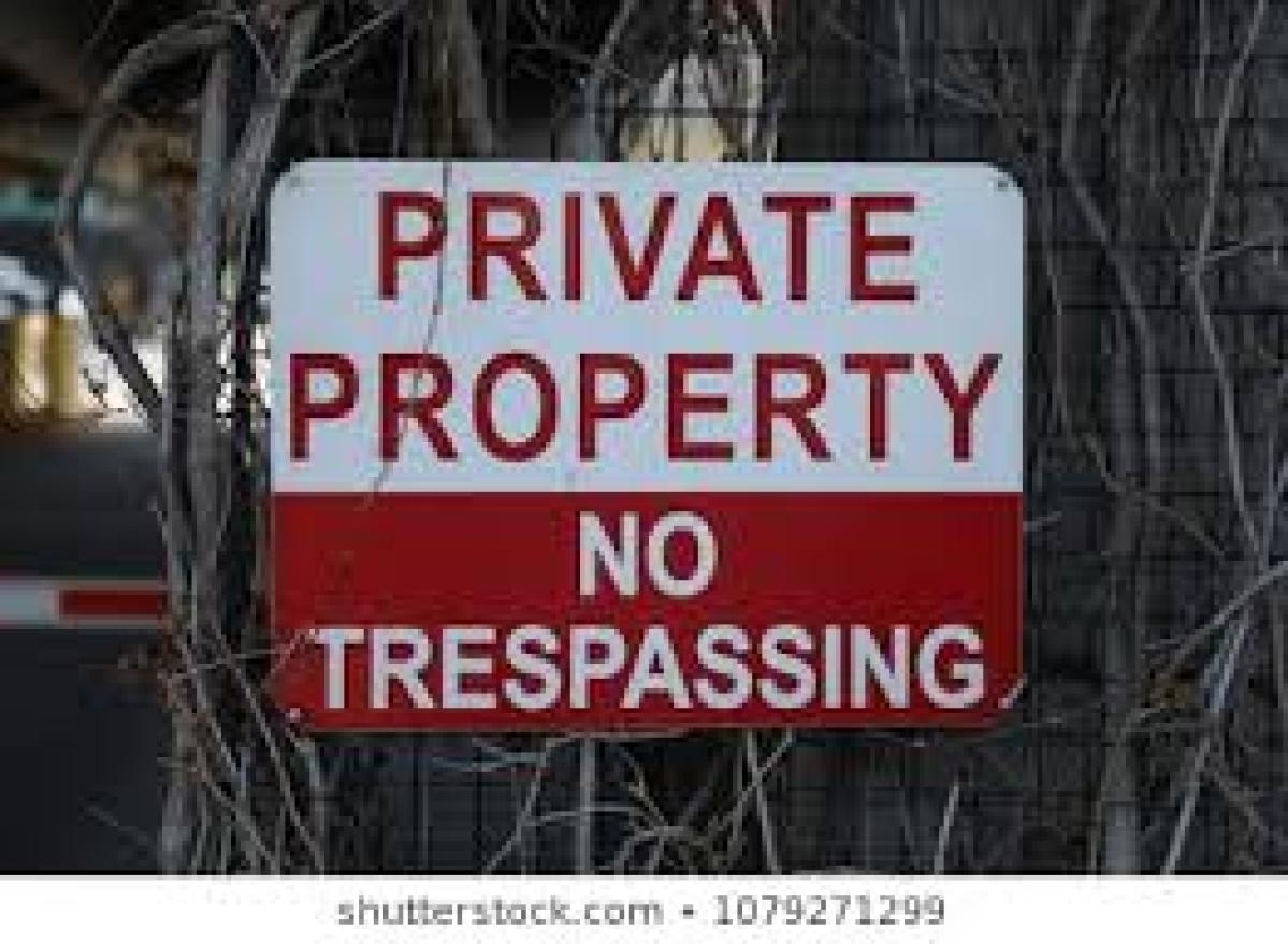 Mumbai: 2 businessmen denied bail in Khar trespassing case