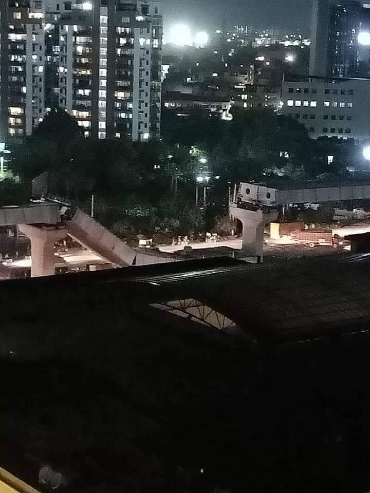 FPJ Fact Check: Did Mumbai Metro Line really collapse near Phoenix Mall in Lower Parel?