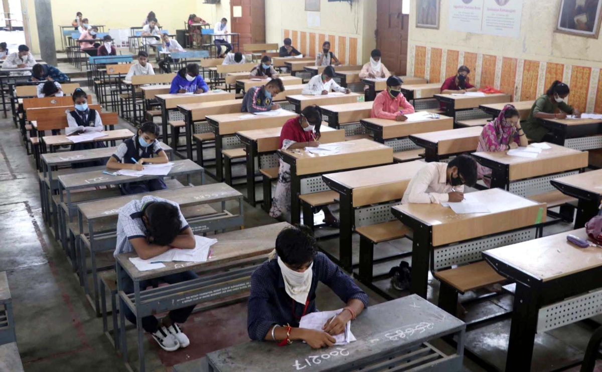 Madhya Pradesh: Schools to be converted into answer books centre for college exams