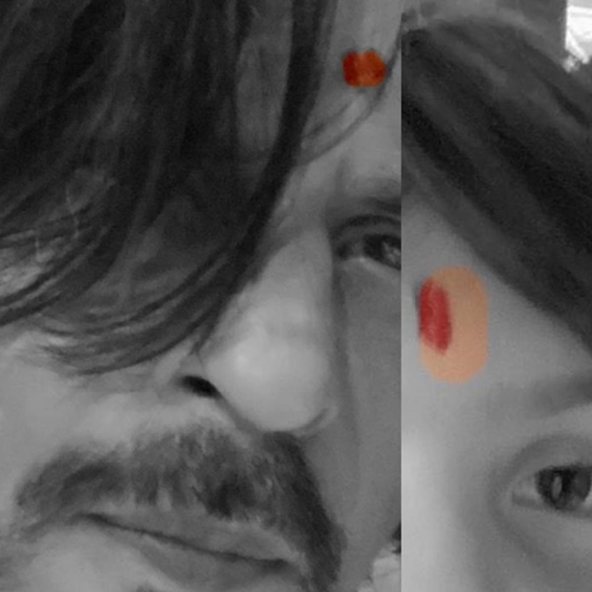 Shah Rukh Khan trolled for 'photoshopped tilak' in Ganesh Chaturthi selfie