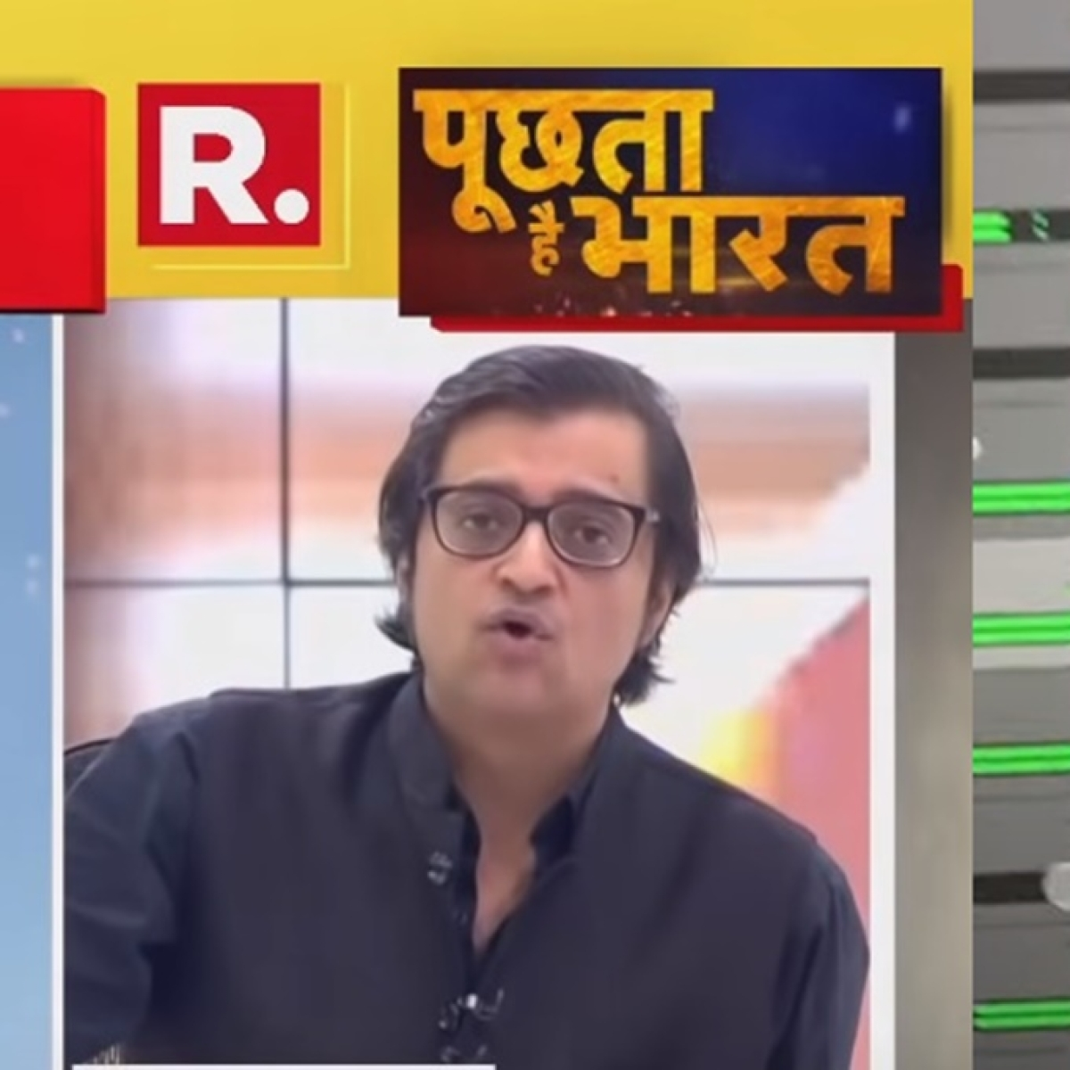 Watch: Arnab Goswami's 'Mujhe drugs do' mashup is the internet's new favourite jam