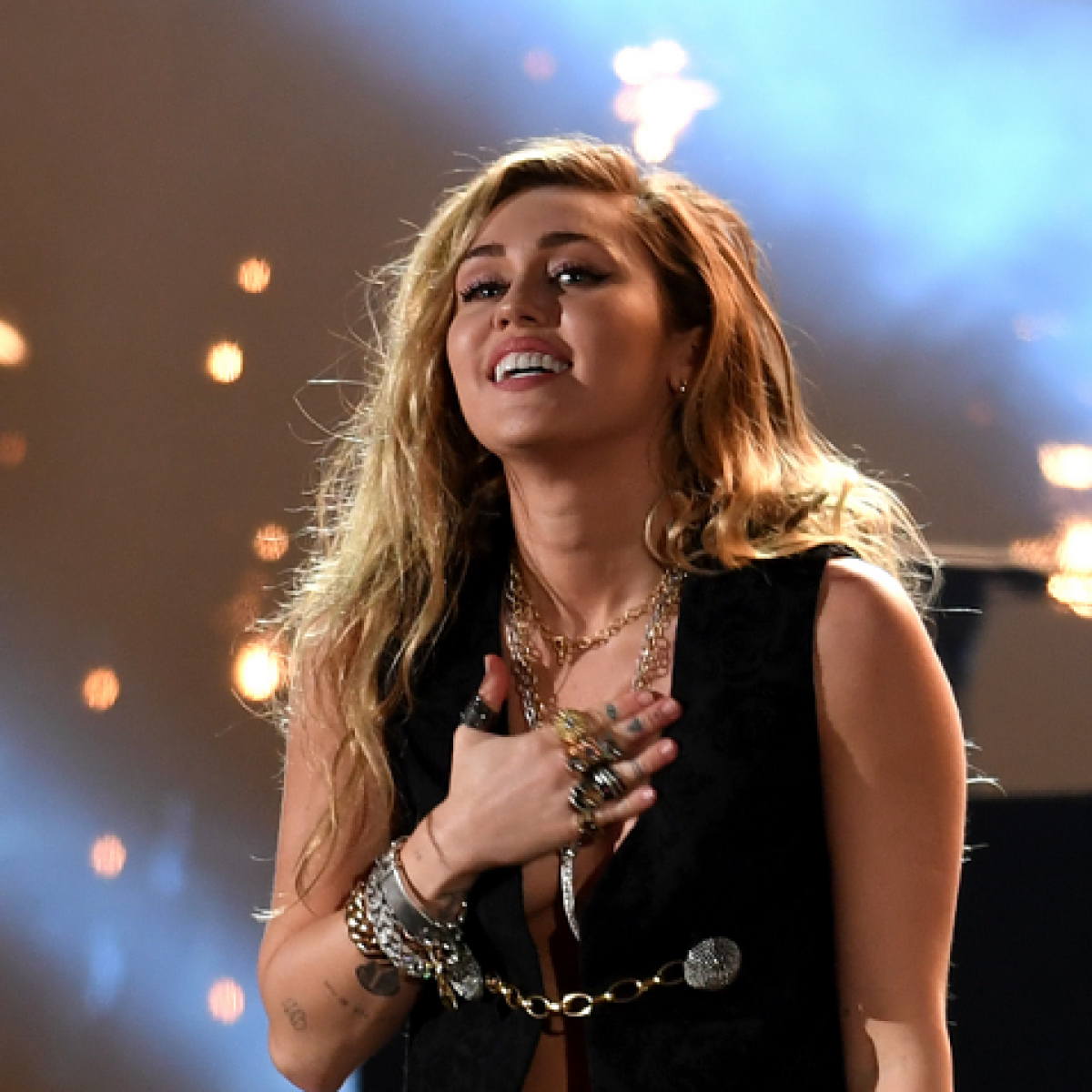 Miley Cyrus' new track 'Midnight Sky' to debut on Aug 14