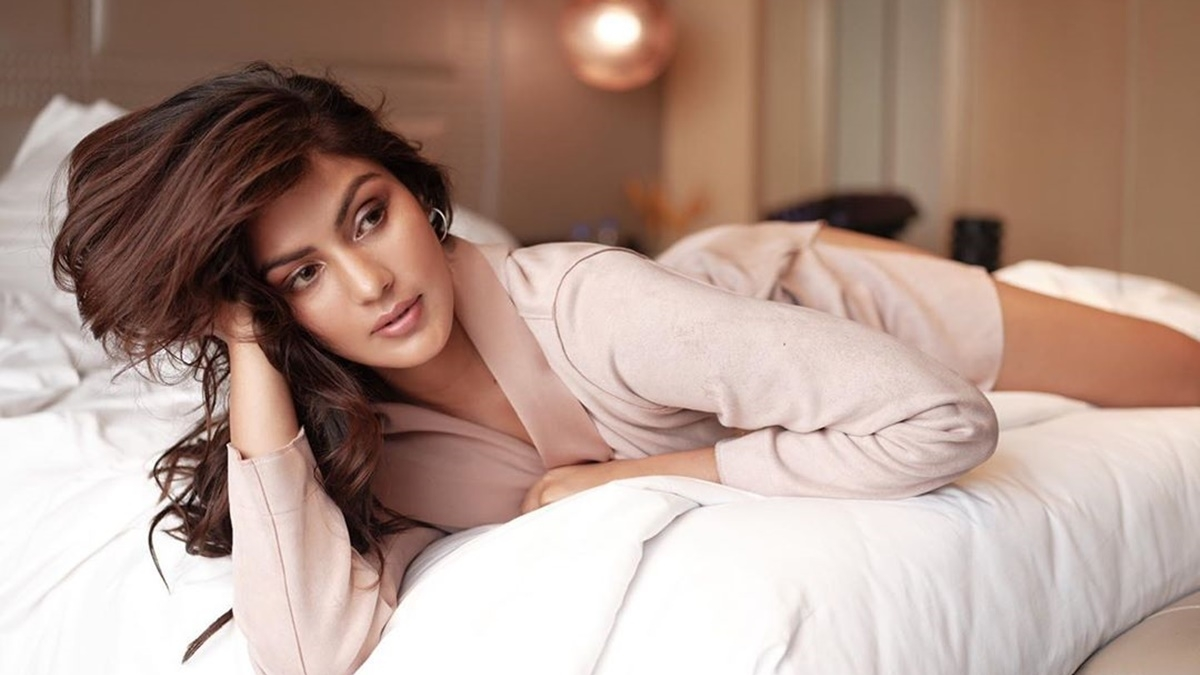 'Sushant's sister Priyanka got into bed and groped me', claims Rhea Chakraborty