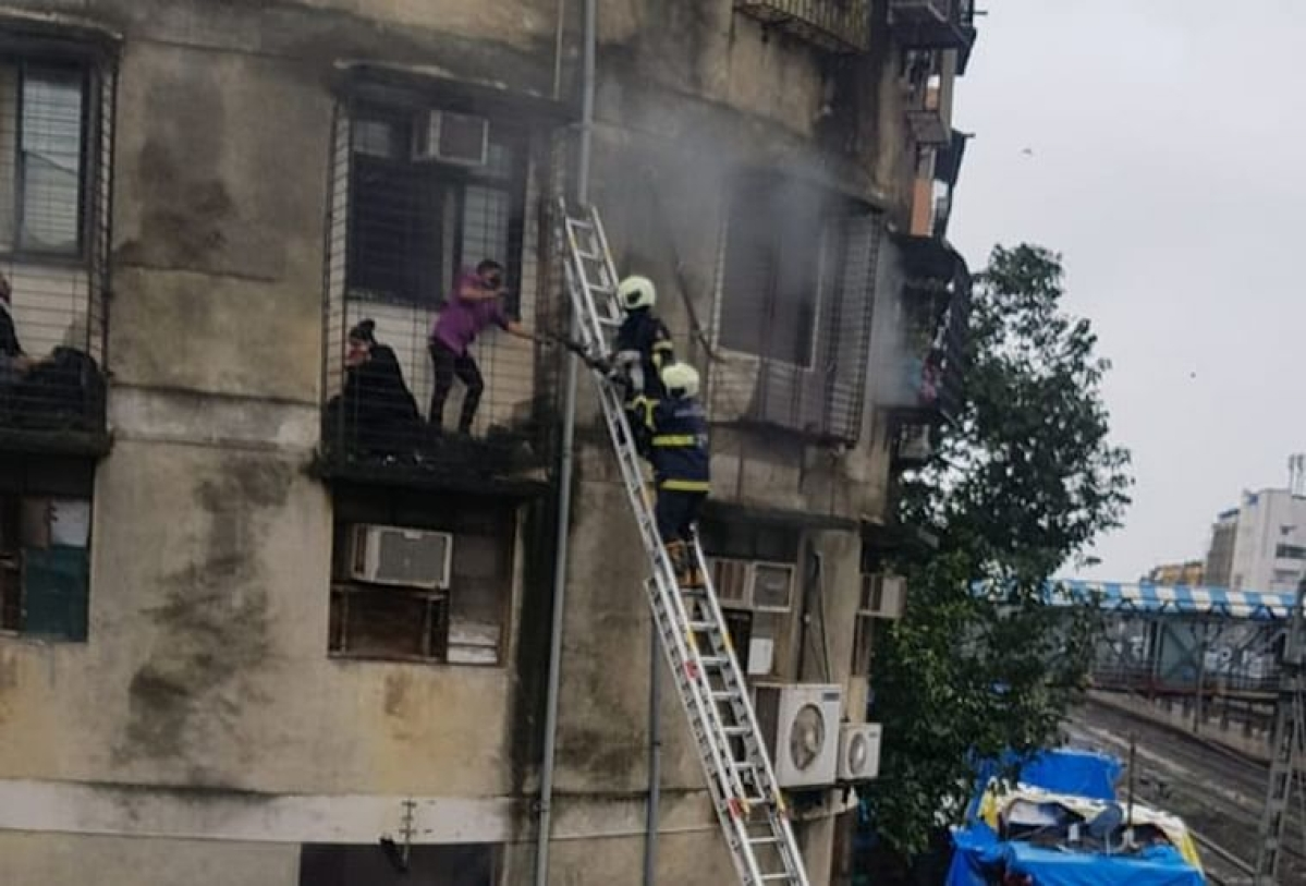 Fire at SoBo building, six rescued