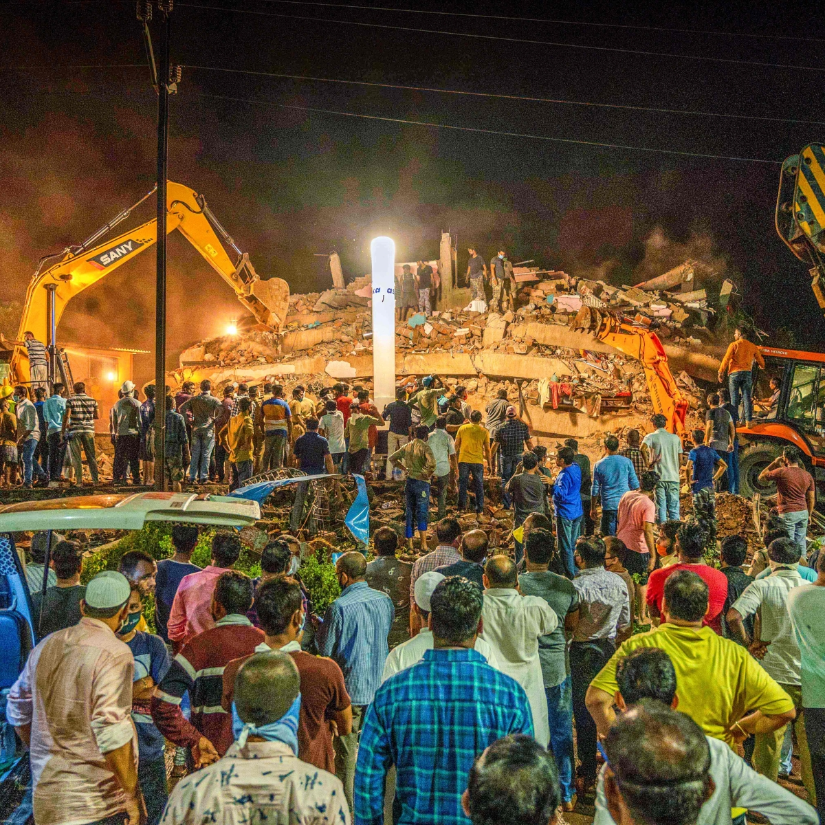 Raigad: 17 rescued, 1 dead as 5-storey building collapses in Mahad