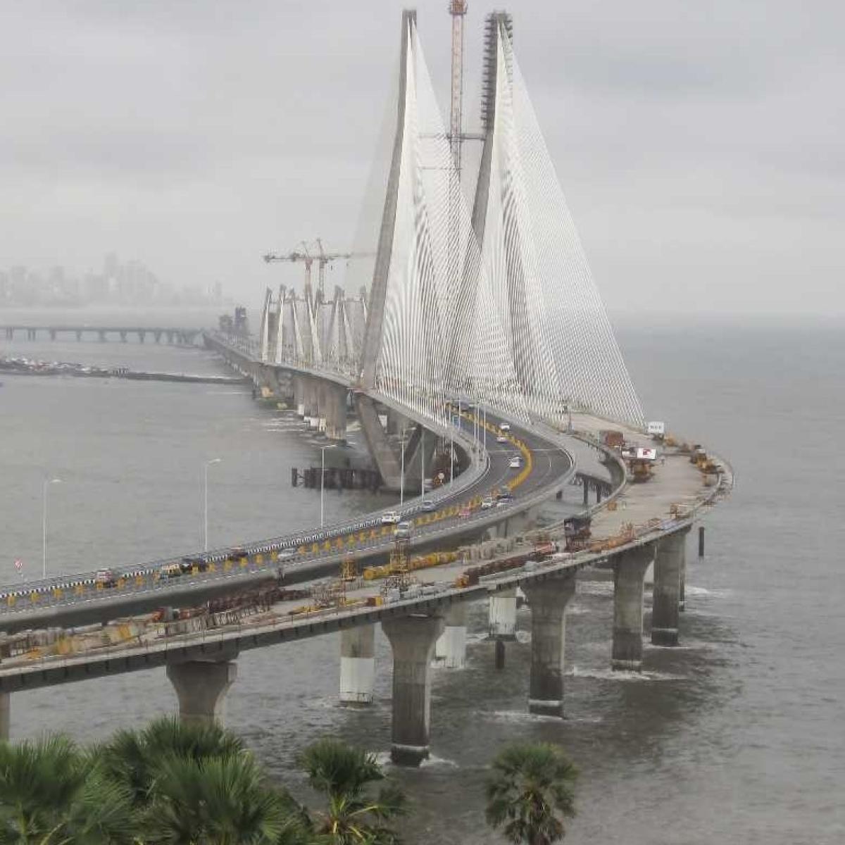 Fact Check: Bandra-Worli sea link consumed by high tide amid Aug 5 Mumbai rains? Here's the truth