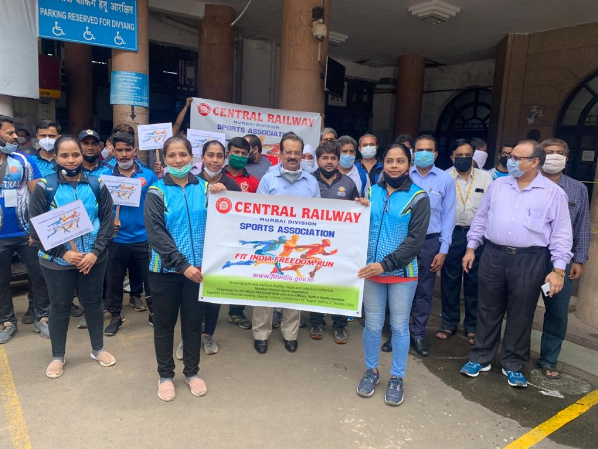 Fit India Freedom Run on Central Railway