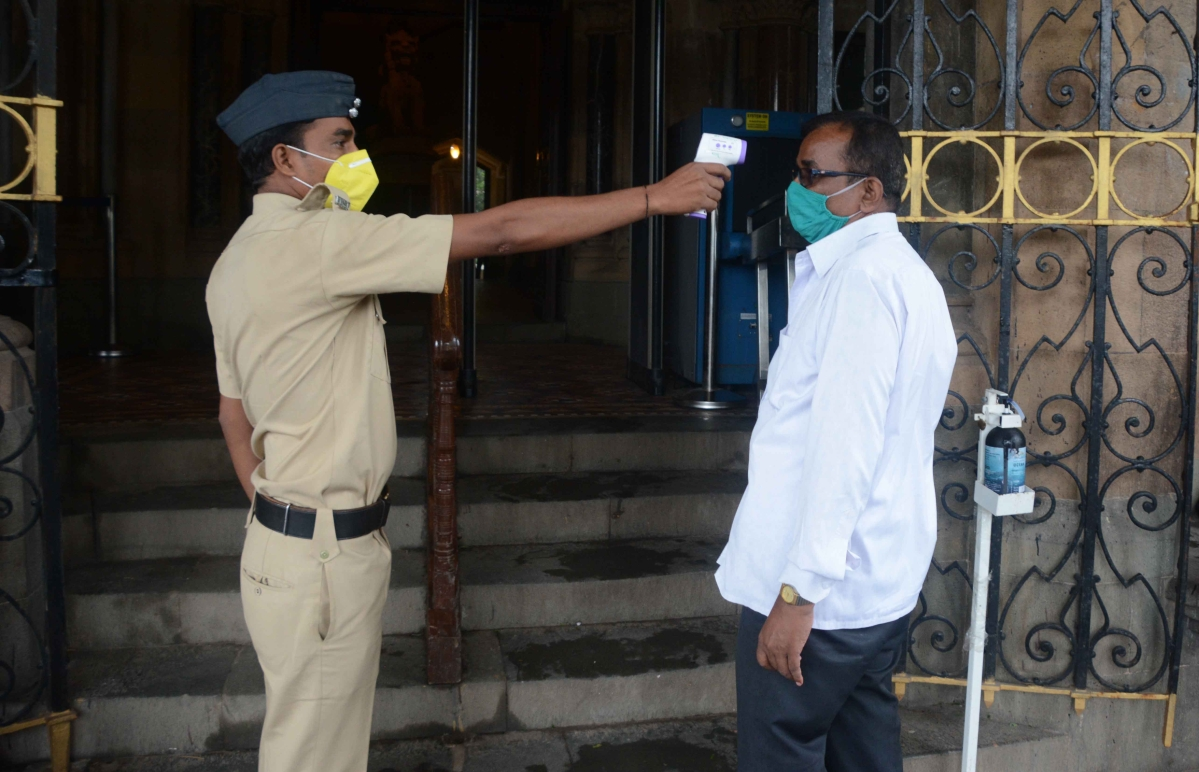 Coronavirus in Mumbai: City sees a downward trend in testing times