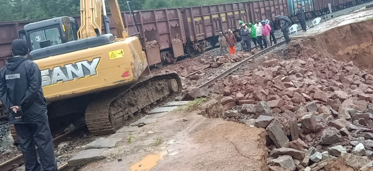 SWR's track of Sivathan Rly station up line restored on Aug 19