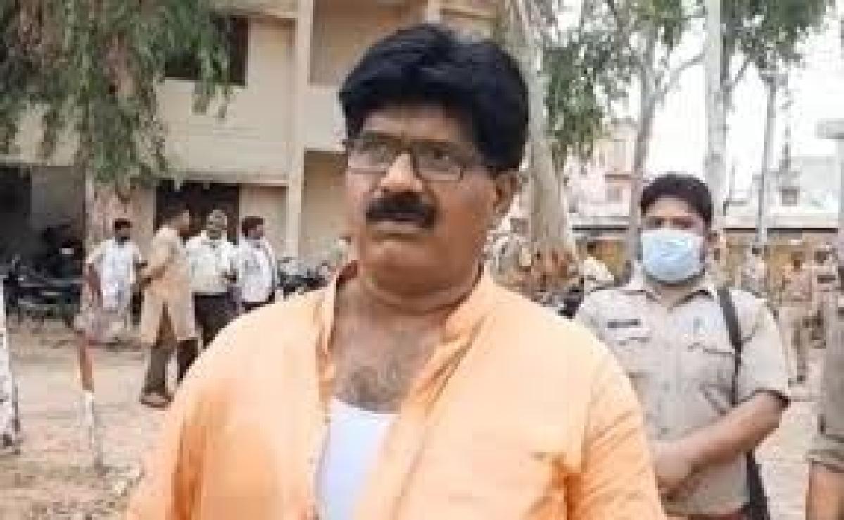 Aligarh police thrash BJP MLA