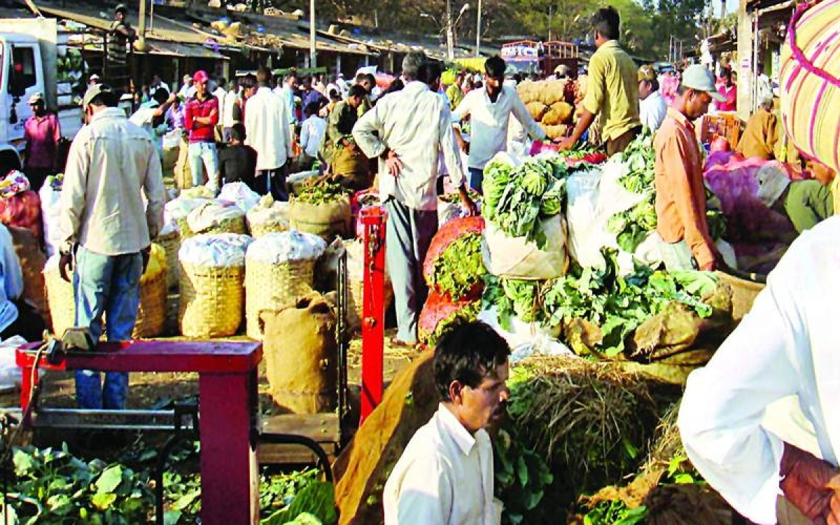 306 APMCs across Maharashtra to shut their operations on Aug 25 to protest against market cess