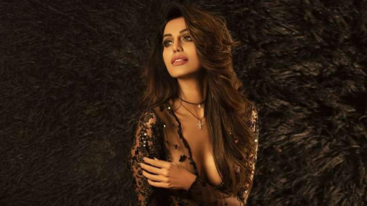 Actor Natasha Suri tests positive for COVID-19