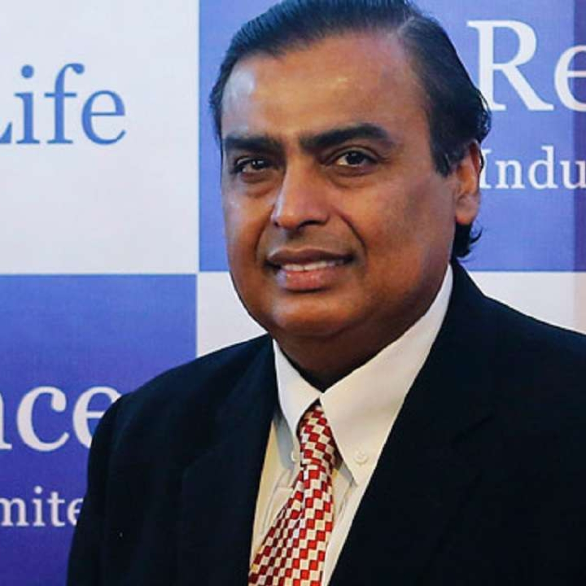 Mukesh Ambani sends oxygen from his Gujarat refinery to aid Maharashtra's fight against COVID-19