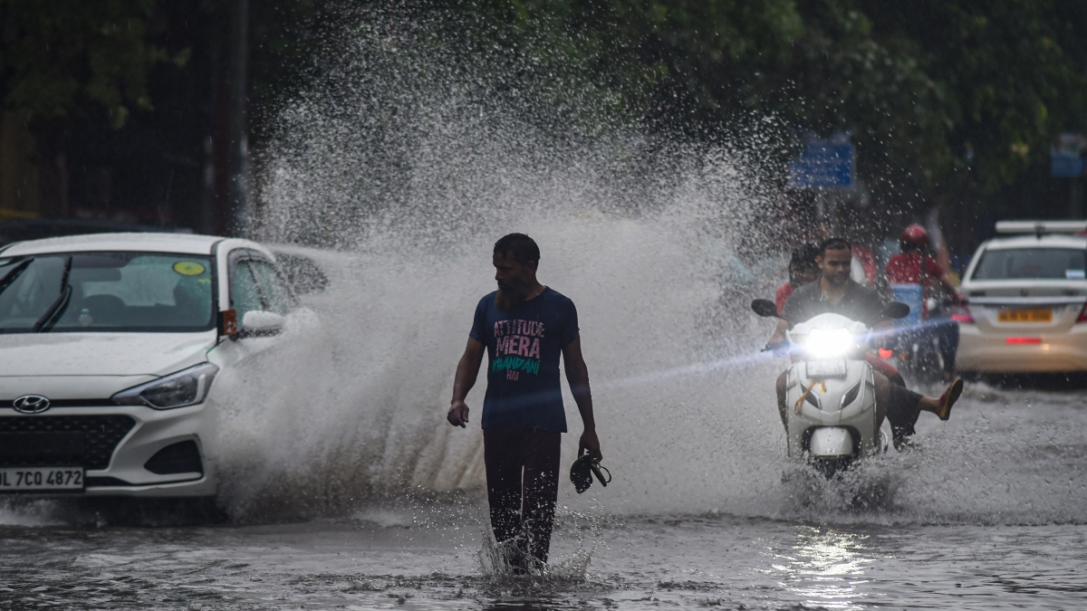 Retreating monsoon to showers relief in MP