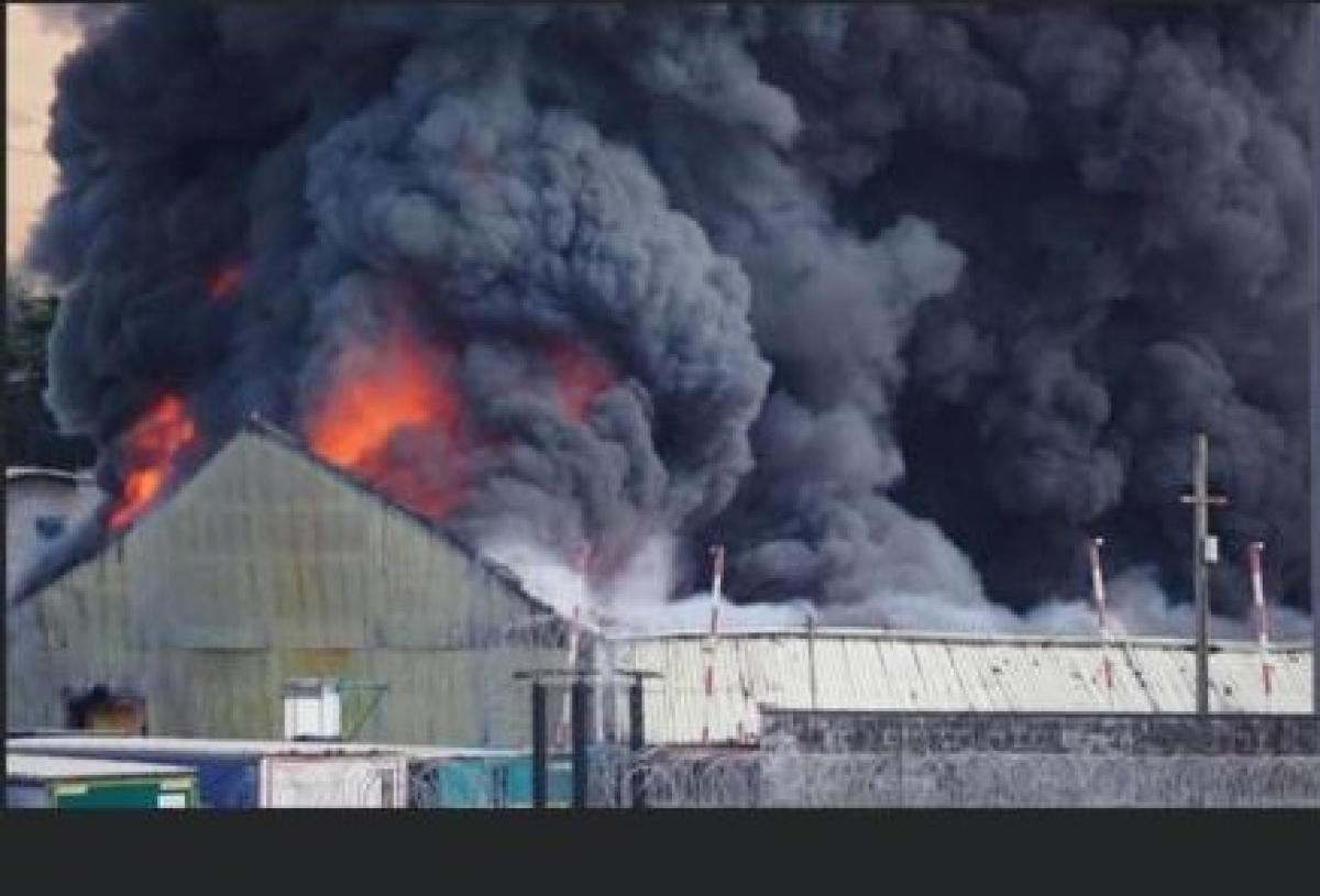 After Beirut blast, now major fire reported at UK's Newhaven industrial unit; incident caught on video