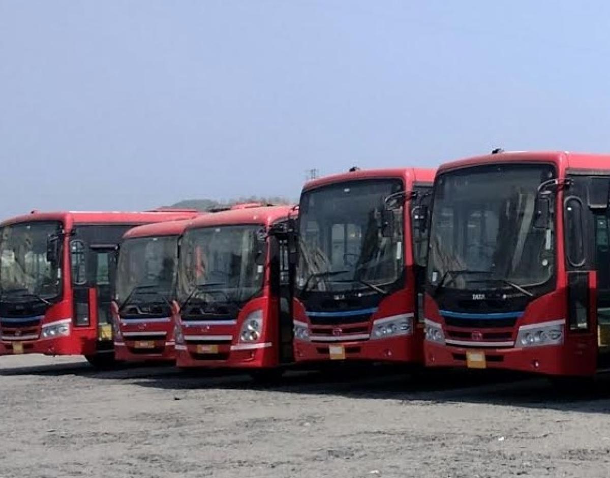 MBMC threatens to blacklist obstinate private bus operators