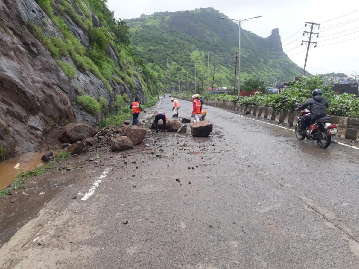 Heavy rains trigger mudslide near Mumbra Bypass Road; no casualties reported