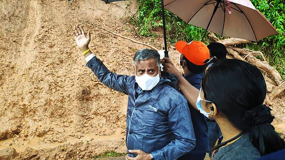 Rain kills 5 in Karnataka