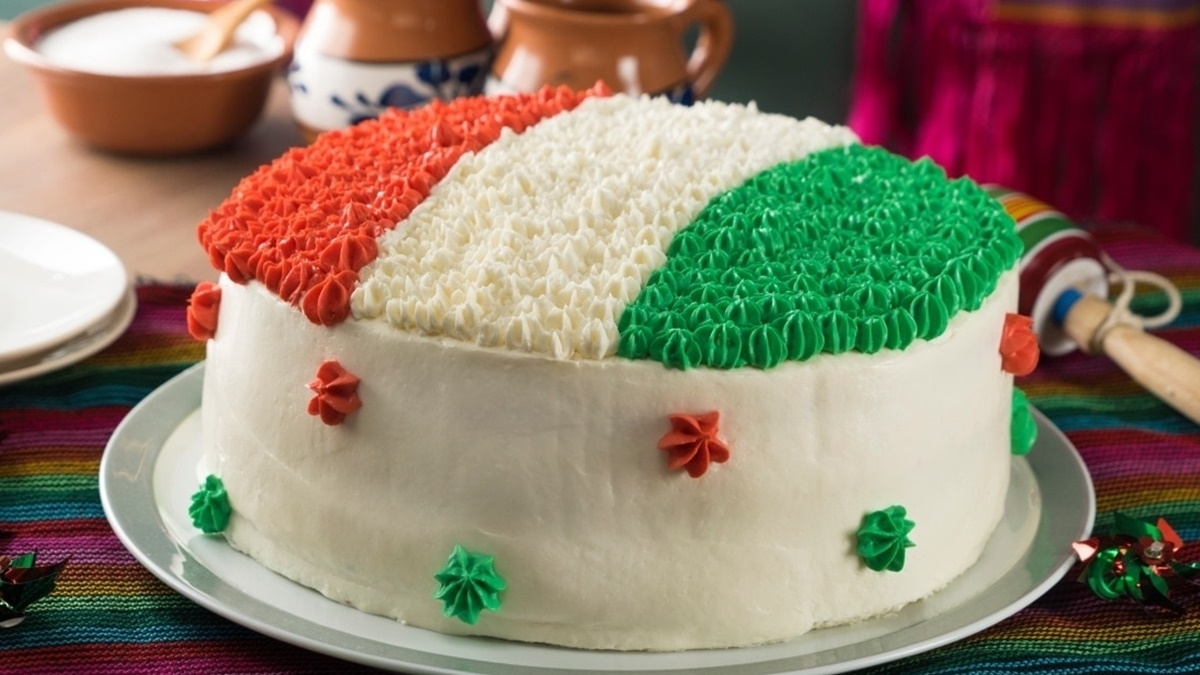 TMC leaders from Malda spark outrage after cutting and eating tricolour cake