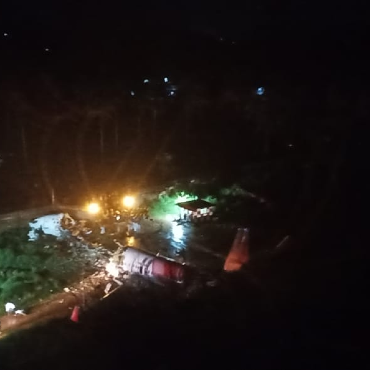 Calicut Air India Plane Crash: Amit Shah, Rahul Gandhi and others 'shocked at the devastating news'