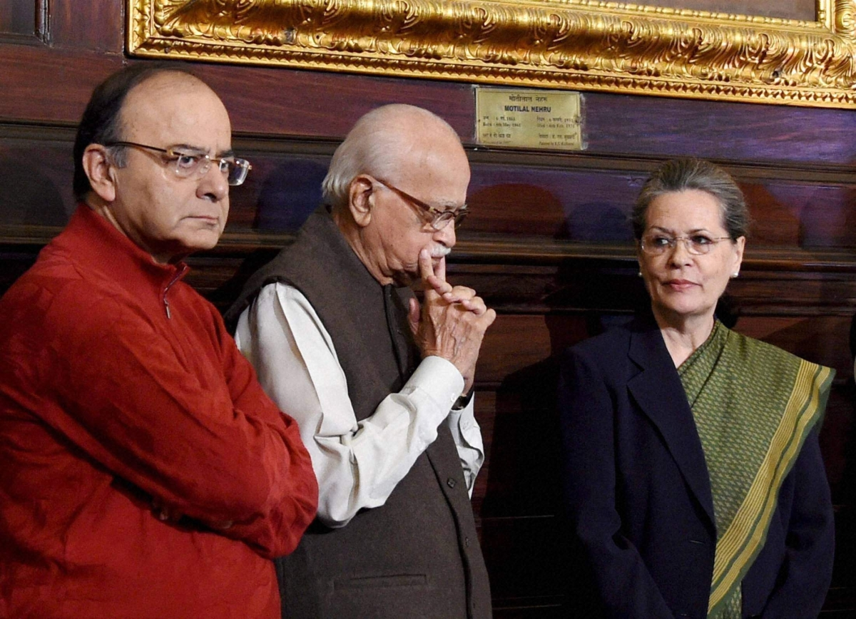 Union Minister Arun Jaitley with BJP senior leader LK Advani and AICC President Sonia Gandhi at an event to pay tribute to former PM Indira Gandhi on her birth anniversary at Parliament House in New Delhi on 19/11/2016.