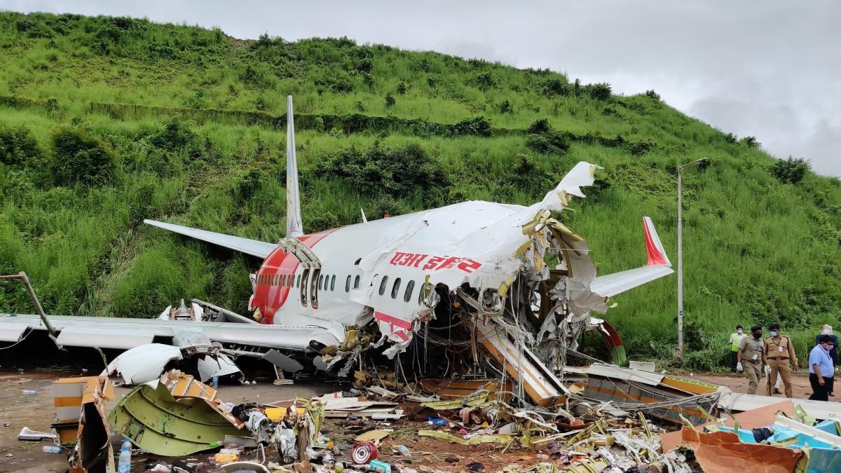 Calicut Air India Express plane crash