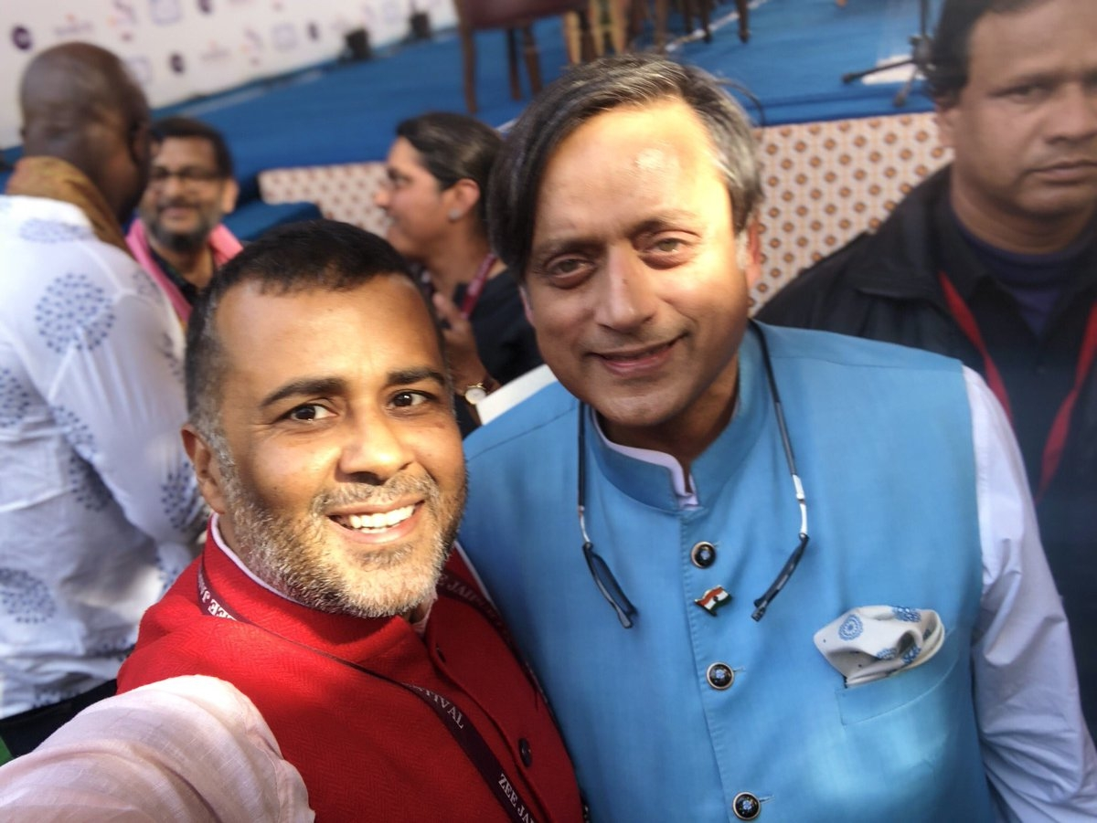 Chetan Bhagat asked Tharoor to use some big words to praise him and Congress MP brought out the big guns