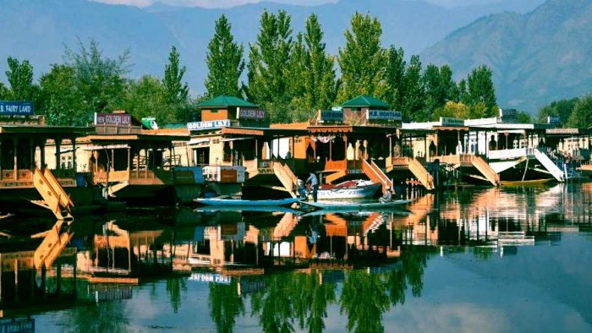 Lt Governor Manoj Sinha announces Rs 1350 cr economic package for Jammu and Kashmir