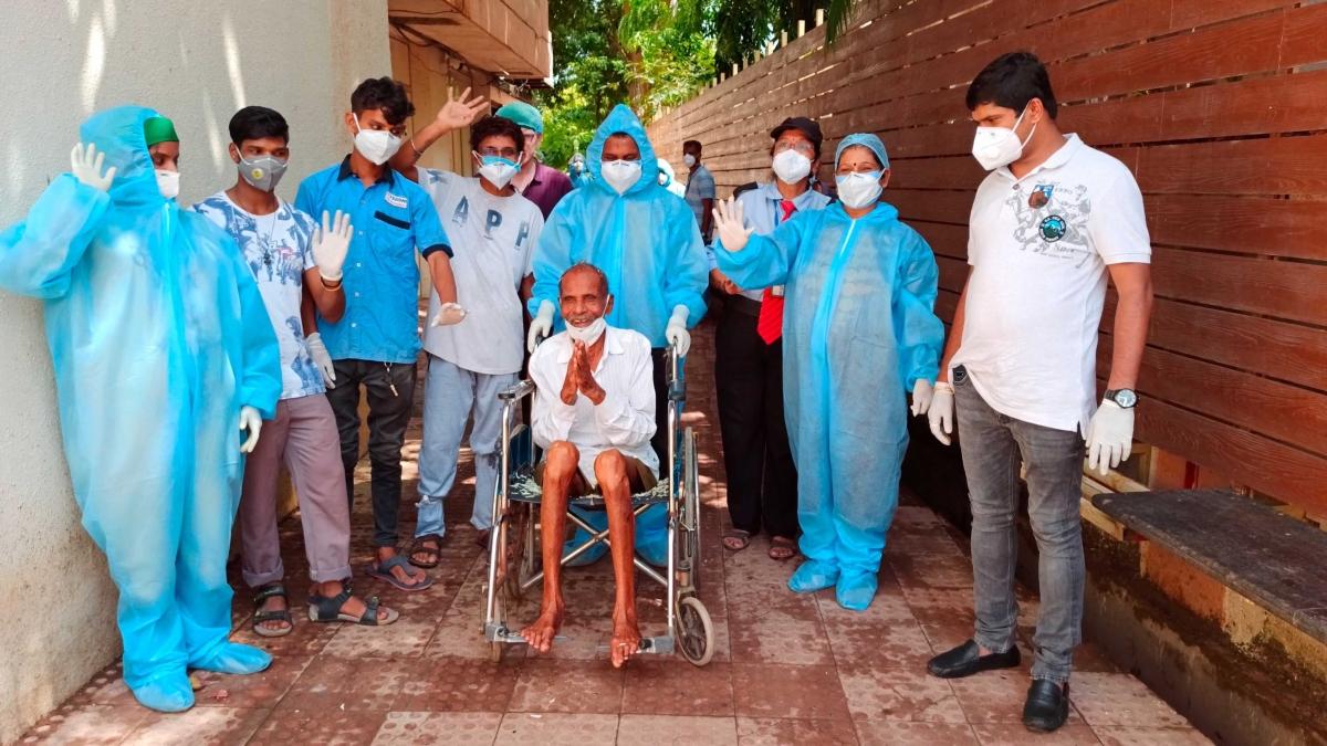 Coronavirus in Mumbai: 97-year-old man from Nalasopara recovers from COVID-19