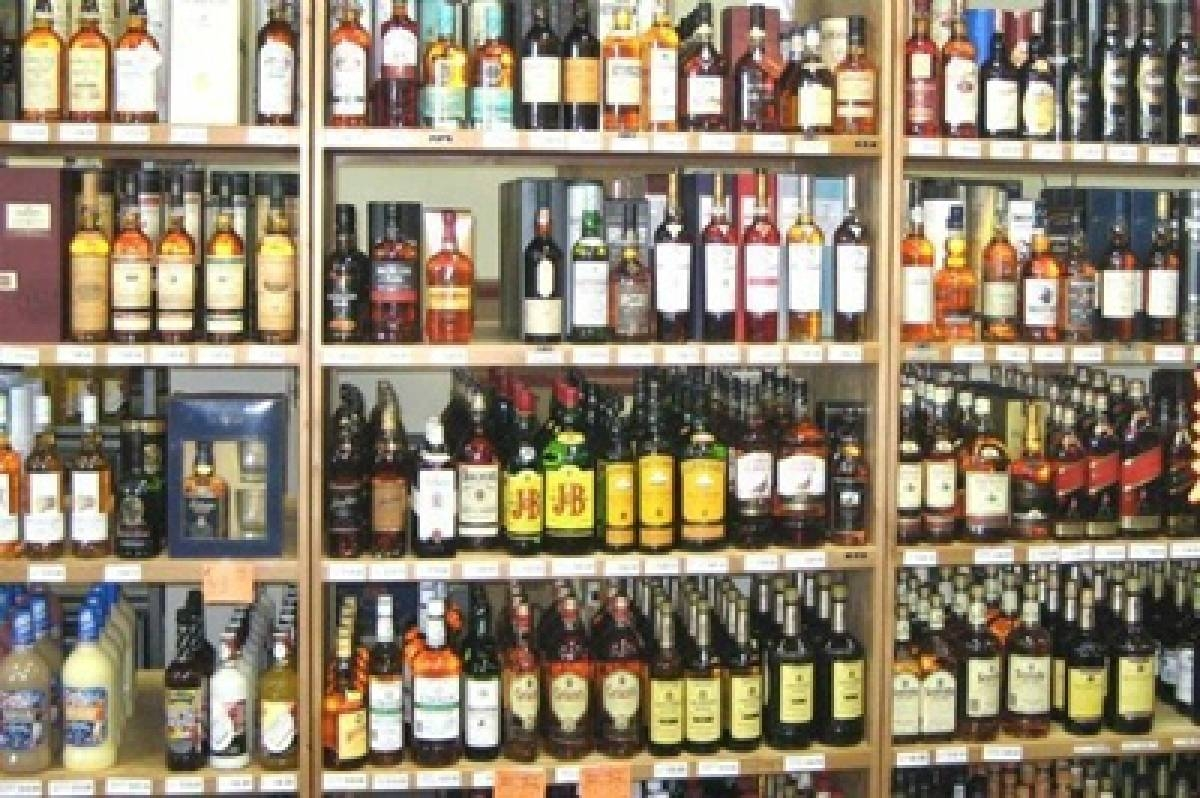 Mira-Bhayandar: Theft at beer shop in Kashimira; cash, five cartons of liquor stolen