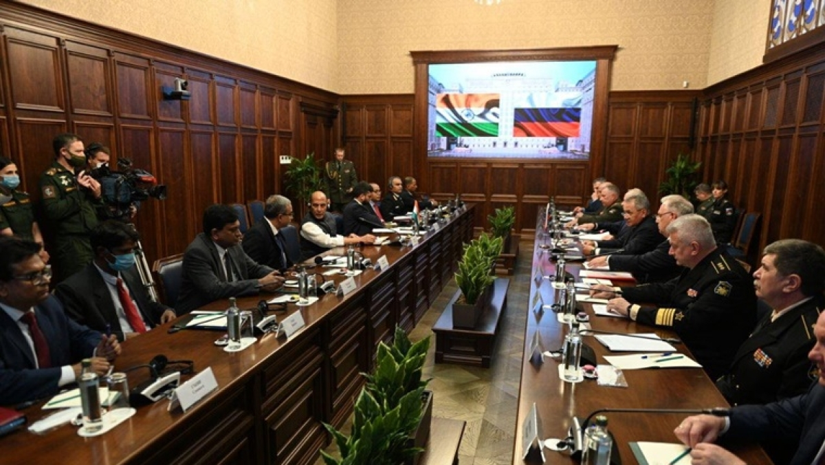 Rajnath Singh meets Russian counterpart, discusses ways to deepen defence, strategic partnership
