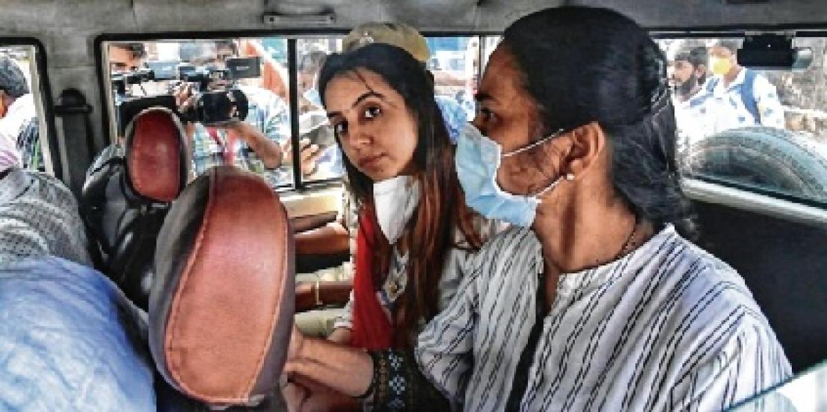 Kannada actor Sanjana Galrani arrested