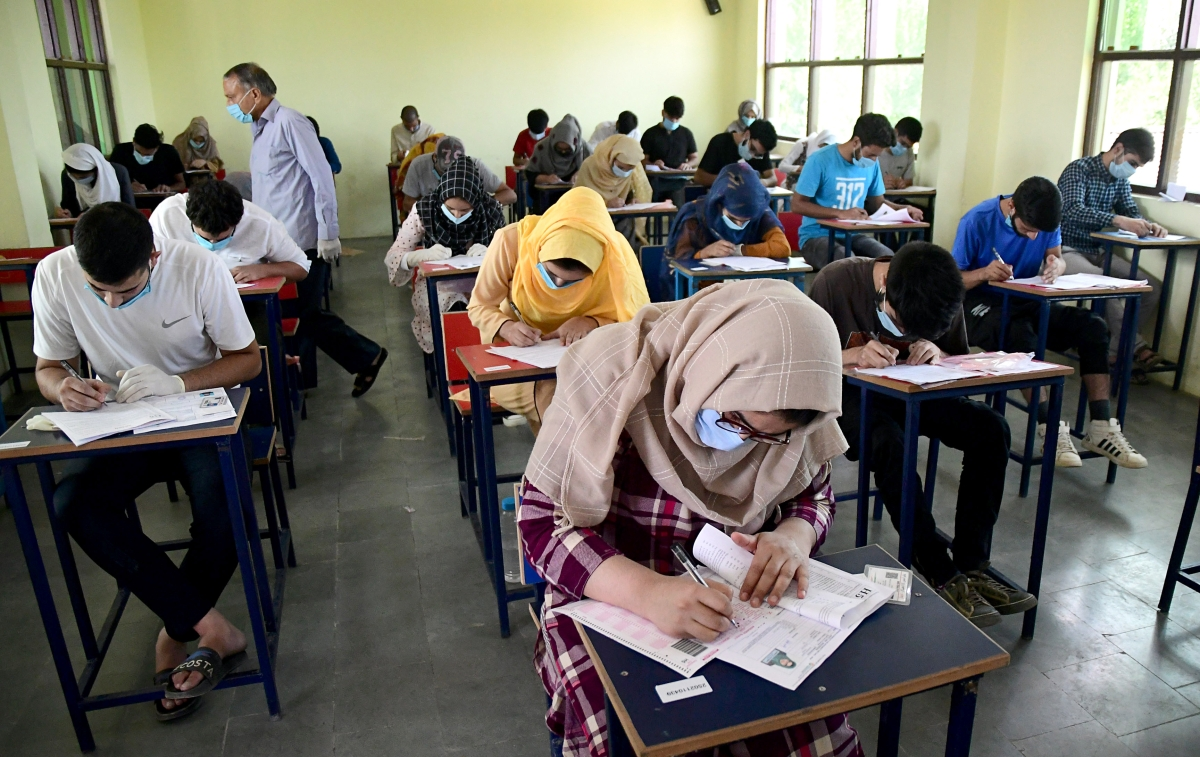 Mumbai University final year examinations to begin on schedule