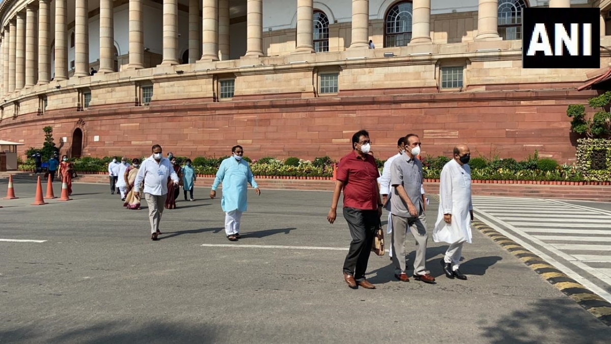 Parliament monsoon session updates: Opposition parties led by Congress boycott Lok Sabha session in support of suspended MPs