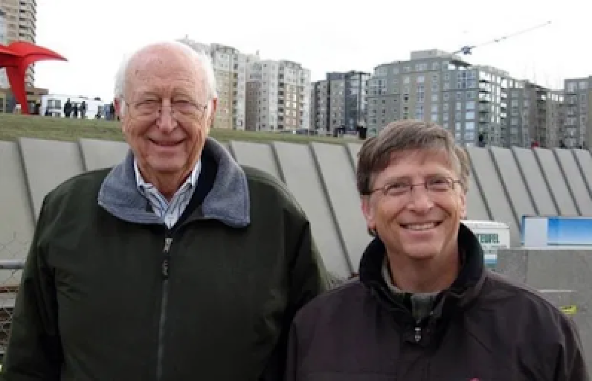 'He was all the things I strive to be': Bill Gates pays heartfelt tribute after father's death