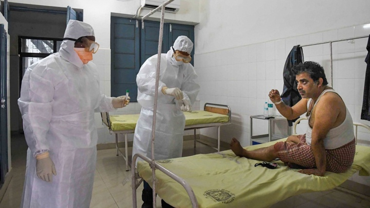 Four resident doctors suspected to be 'reinfected' by virus