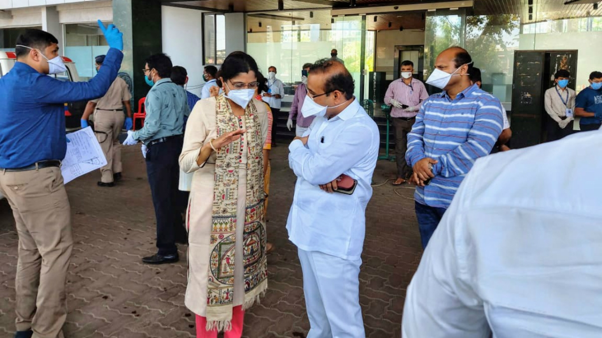 COVID-19 vaccine shortage: Vaccination for 18-44 to get impacted further, says health minister Rajesh Tope