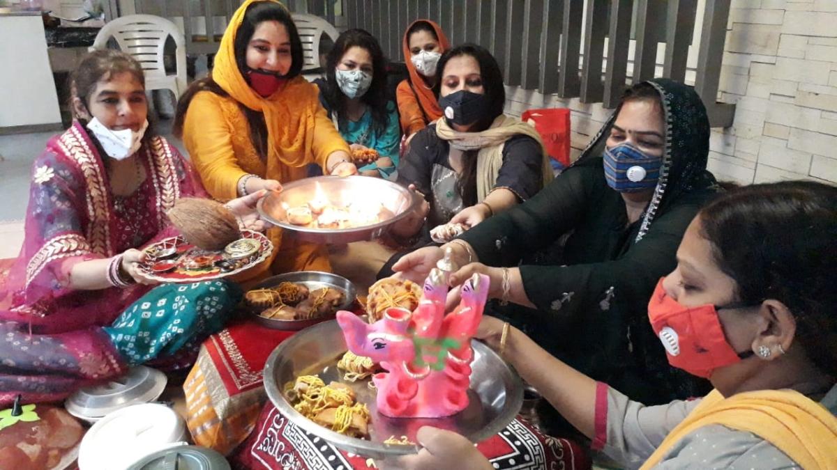 Sindhi community women worshipping Gaja Laxmi
