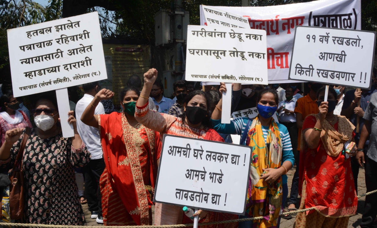 Patra Chawl tenants protest outside MHADA office in Bandra, east.