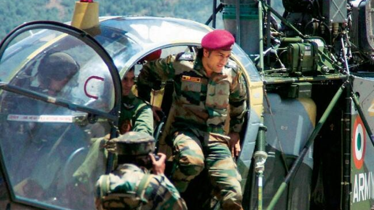 Amid Rafale unveiling, Lieutenant Colonel MS Dhoni hails this other fighter craft