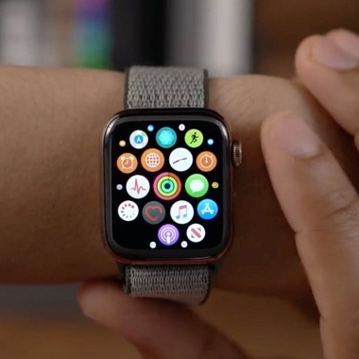 Apple may unveil cheaper Watch on September 15