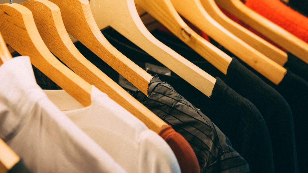Second wave of COVID-19 to delay full recovery for apparel players to FY23: Report