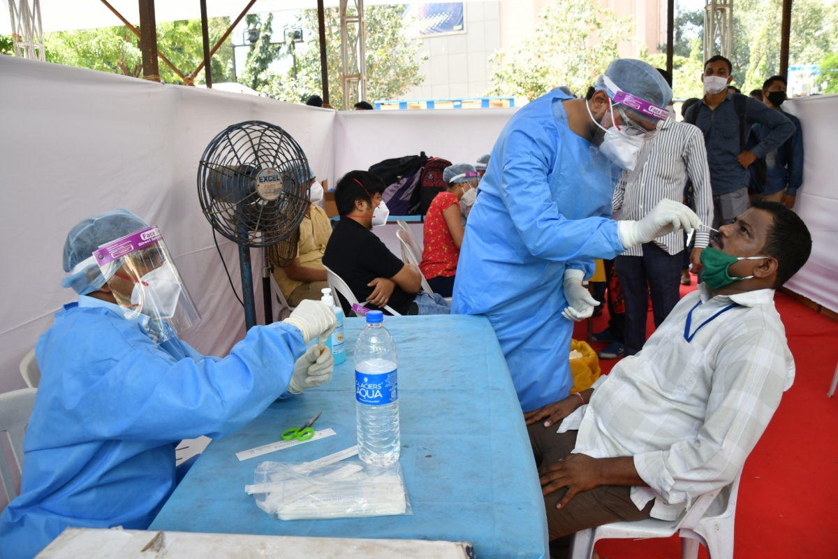 Coronavirus in Pune and Pimpri Chinchwad: PMC's COVID-19 total rises by 2,078, 1,240 new cases in PCMC